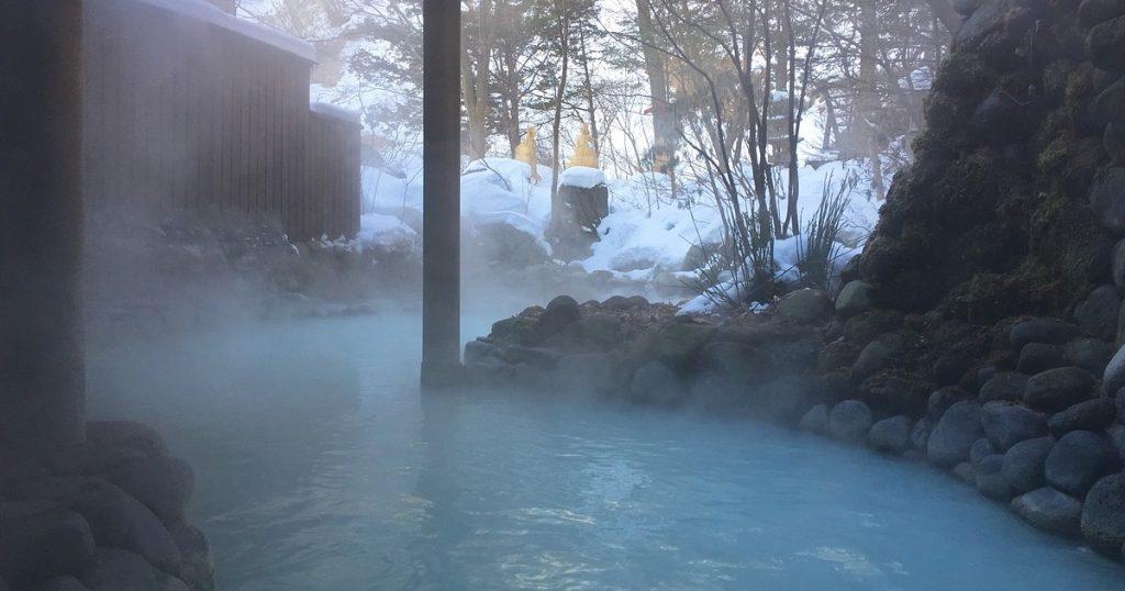 """九州""""別府八湯"""" 湧泉量日本之冠 溫泉街上隨處可見大眾浴池,體驗真正的泡湯樂趣!"""