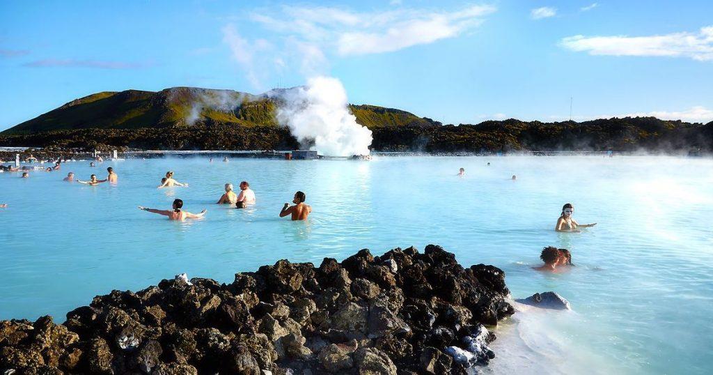 冬天就是要泡溫泉!全世界最特別的7種溫泉,你都體驗過了嗎?