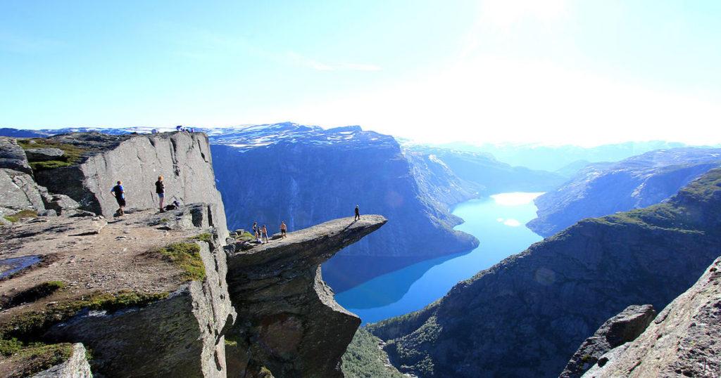 絕對難忘的風景!挪威巨人之舌 挑戰極限的旅行