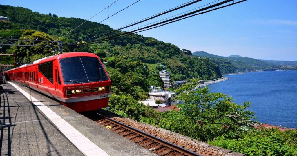 日本最美海濱鐵道風景!來搭火車旅行去