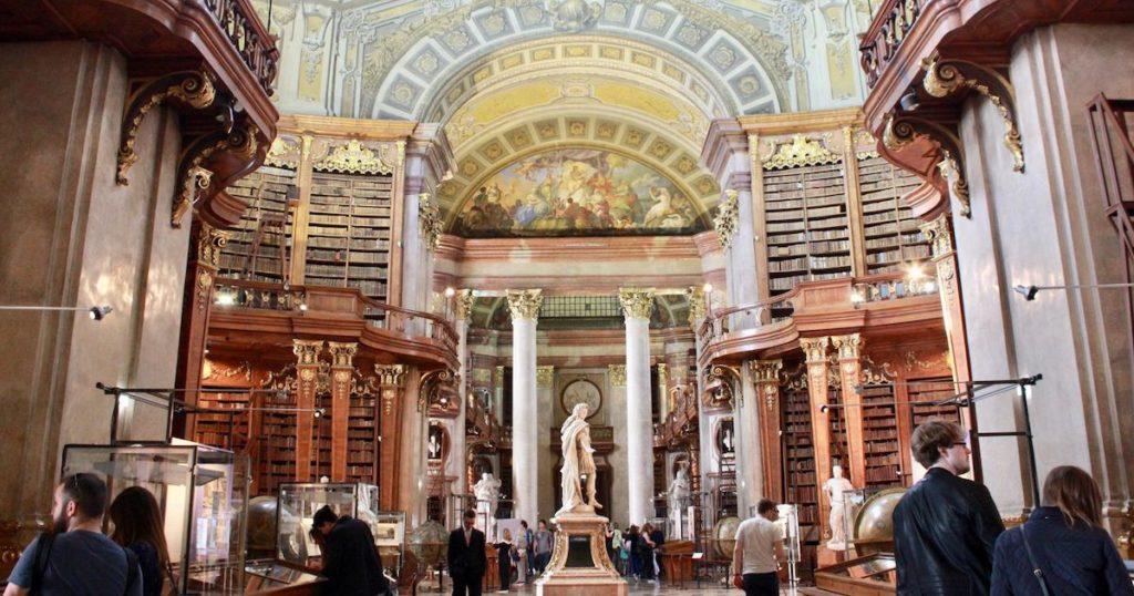 走進文青世界的風景! 歐洲7間美麗的圖書館