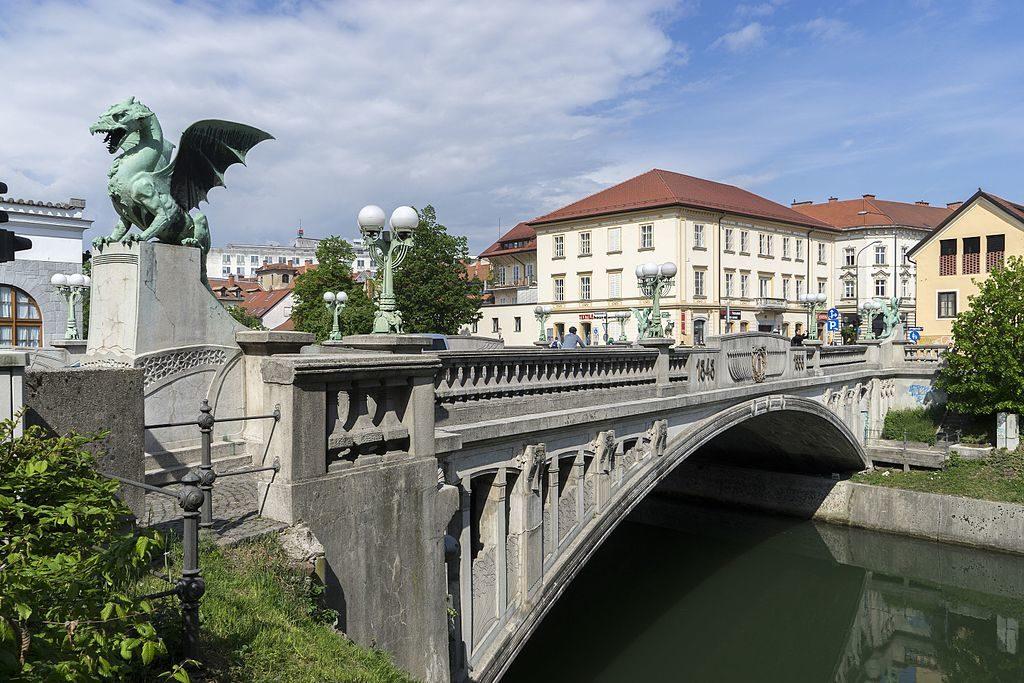 童話首都的「飛龍在橋」~龍橋