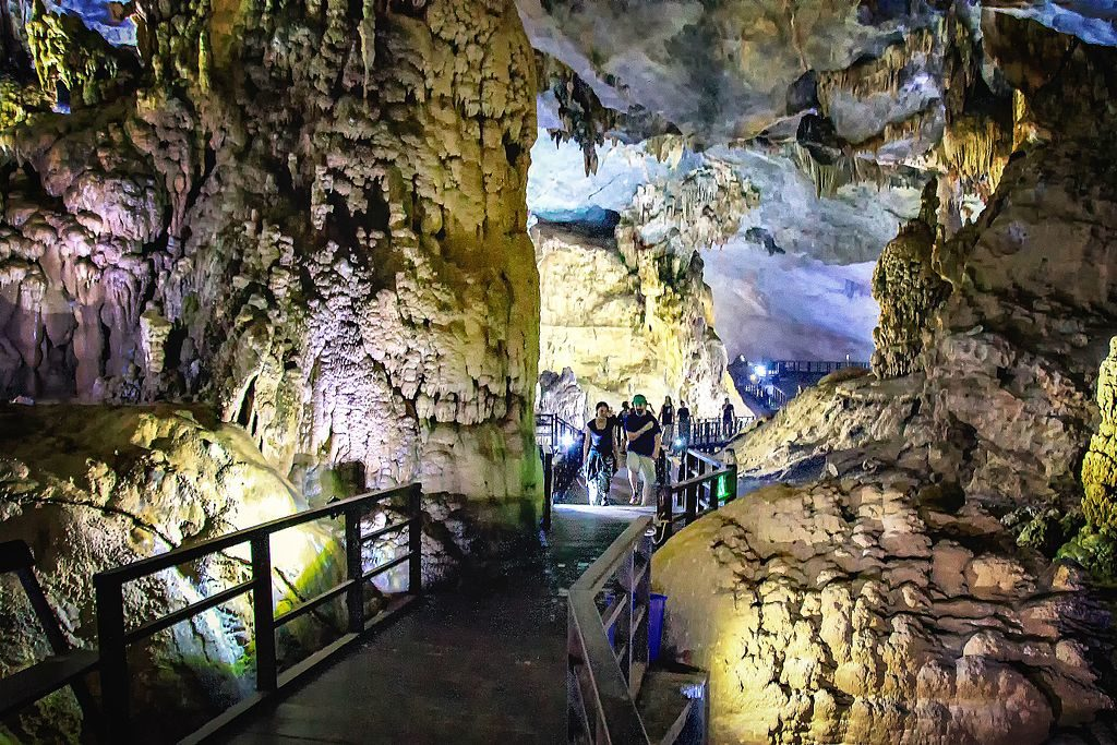 洞穴探險之旅·越南世界遺產~峰牙己榜國家公園