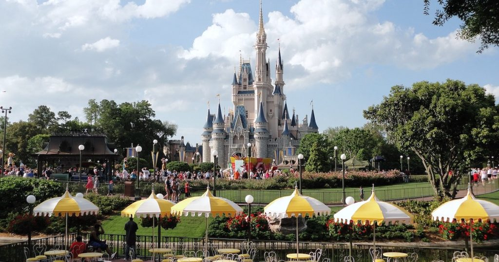 世界六大迪士尼比一比!日本玩不到的遊樂設施