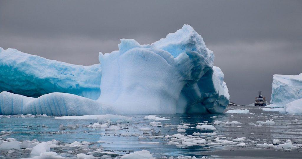 【Triplisher玩樂報】遊南極要快!氣候暖化擋不住,萬年冰山融化加速中