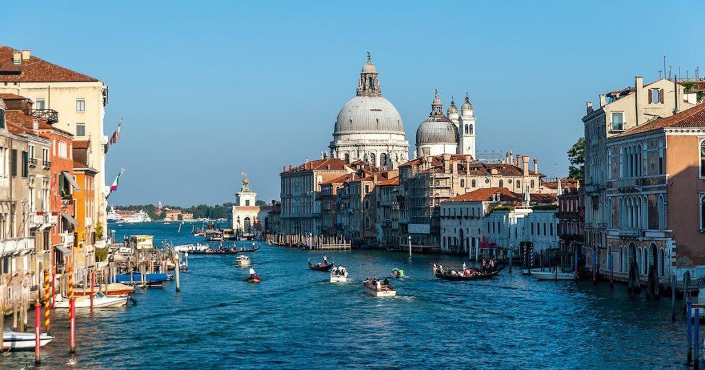 最新》義大利威尼斯・米蘭封鎖觀光勝地!外交部提醒出國注意疫情及旅遊限制